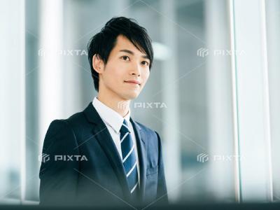 ピクスタの男性写真-3